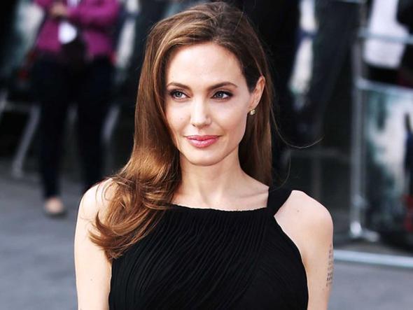 Angelina Jolie'den yeni açıklamalar: Çocuklarımdan gizli duşta ağladım