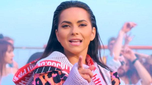 Inna 'Gimme Gimme' şarkısı ile yakaladığı başarının ardından yeni şarkısı 'Ruleta' ile müzik listelerinde yerini aldı.